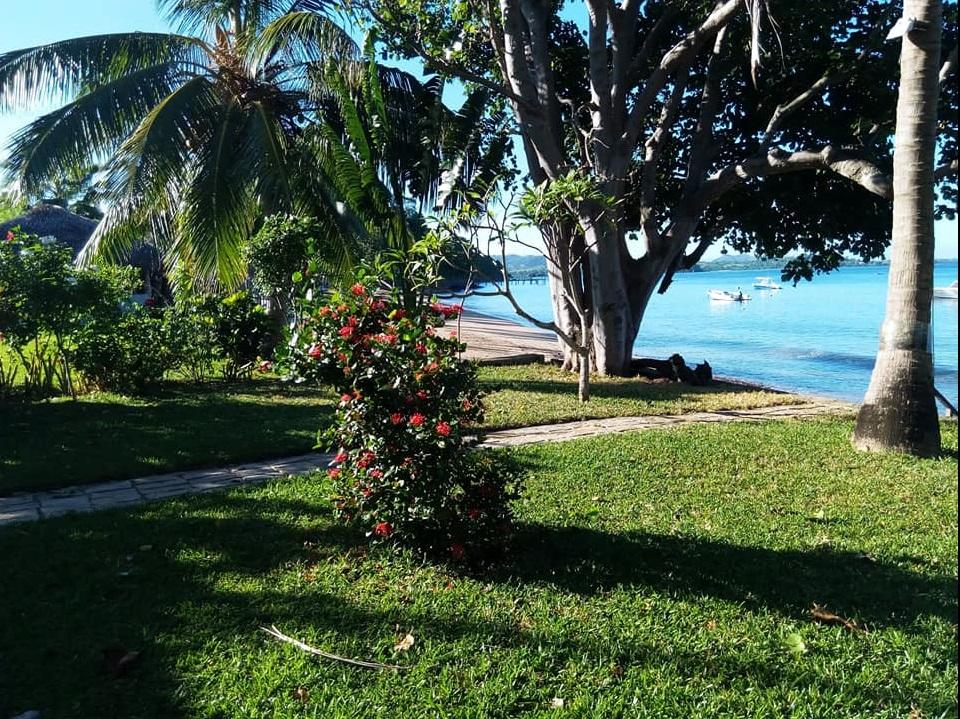 Villa exceptionnelle, au calme, Domaine sécurisé, pieds dans l'eau, plage privée